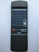 YAMAHA VT20280, CDC S75 náhradní dálkový ovladač jiného vzhledu.